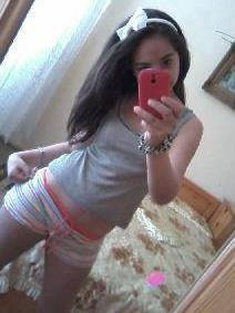 Tarah from Douglas, Alaska is looking for adult webcam chat