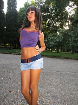 Myrtice is looking for adult webcam chat