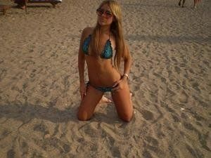 Lucrecia from Wainwright, Alaska is looking for adult webcam chat