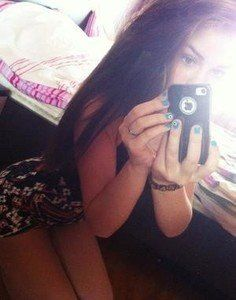 Melba from Athens, Alabama is looking for adult webcam chat