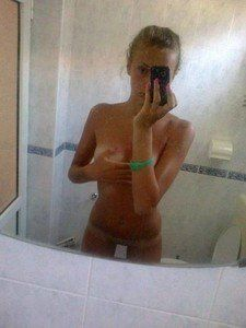 Halina from Stamford, Connecticut is looking for adult webcam chat