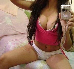 Pasty from Massachusetts is looking for adult webcam chat