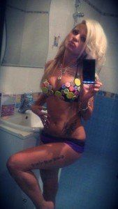 Elizebeth from Ardmore, Alabama is looking for adult webcam chat